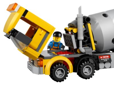 LEGO NEW 60018 SEALED CITY YELLOW CEMENT TRUCK MIXER CONSTRUCTION WORKER RETIRED