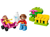 10585 LEGO Duplo Mom and Baby