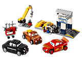 10743 LEGO Juniors Cars 3 Smokey's Garage