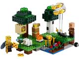 21165 LEGO Minecraft The Bee Farm