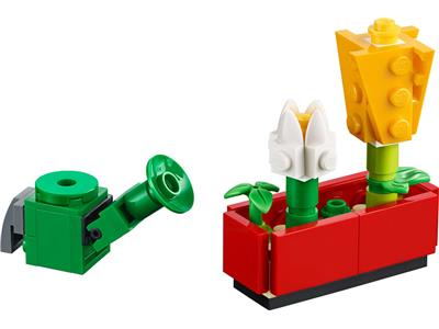 40399 LEGO Monthly Mini Model Build Flowers and Watering Can