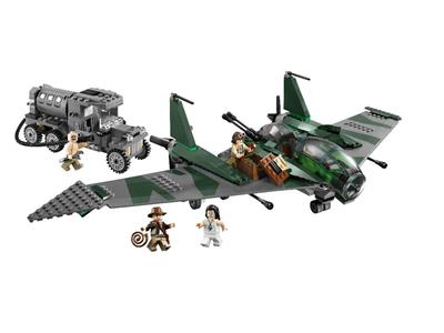 7683 LEGO Indiana Jones Raiders of the Lost Ark Fight on the Flying Wing