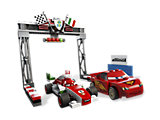 8423 LEGO Cars Cars 2 World Grand Prix Racing Rivalry