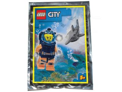 862011 LEGO City Diver and Shark