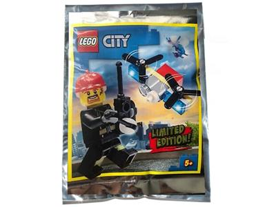952002 LEGO City Fireman and Drone