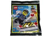 952011 LEGO City Duke Detain